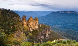 Echo Point lookout (Three Sisters), Blue Mountains National Park. Photo: David Finnigan