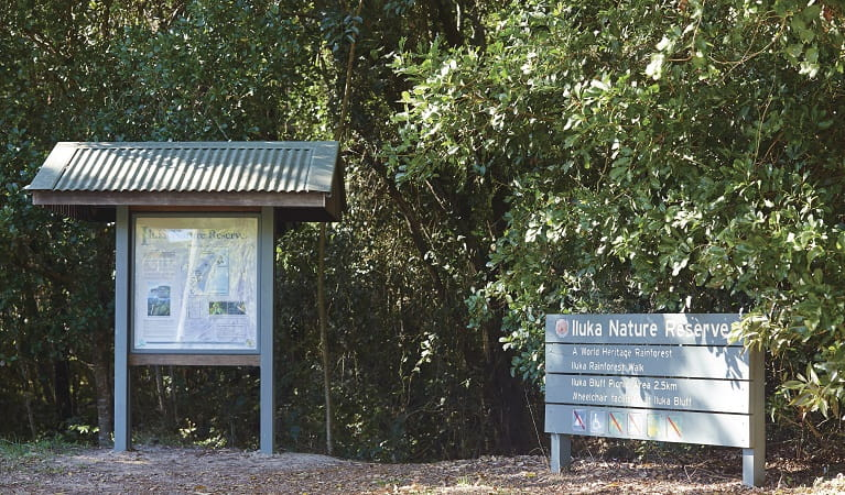 Photo of the entrance signs at Iluka Nature Reserve. Photo: Nick Cubbin/OEH
