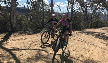 2 mountain bike riders on a trail. Photo: K7 Adventures
