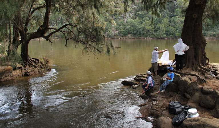 Family beside the Nepean River, Bents Basin State Conservation Area. Photo: John Yurasek