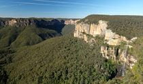 Panoramic view of Grose Valley from Govetts Leap lookout, Blue Mountains National Park. Photo: E Sheargold/OEH