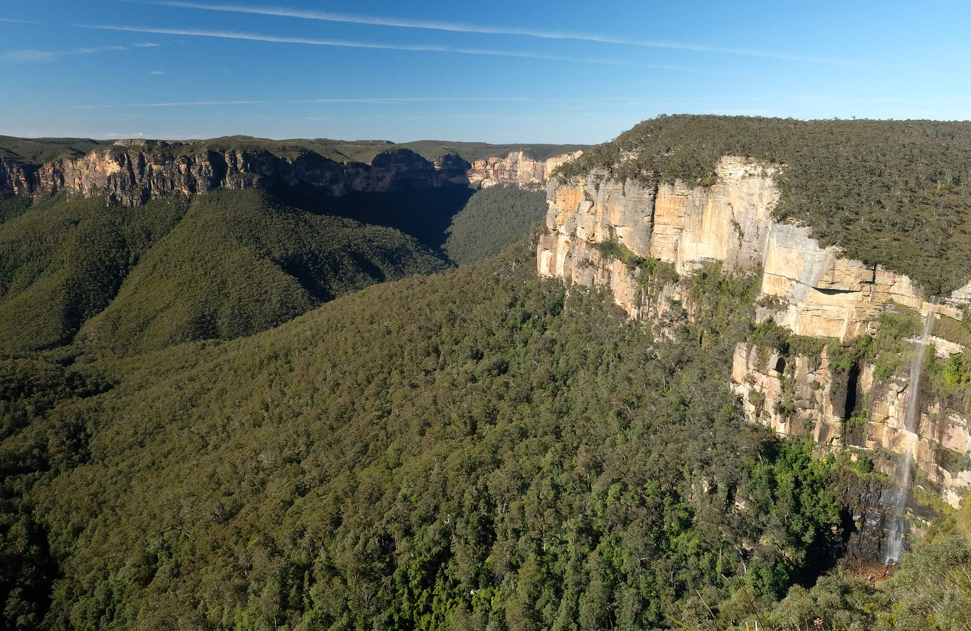 Govetts Leap, also known as Bridal Veil Falls, Blue Mountains National Park. Photo: E Sheargold/OEH.