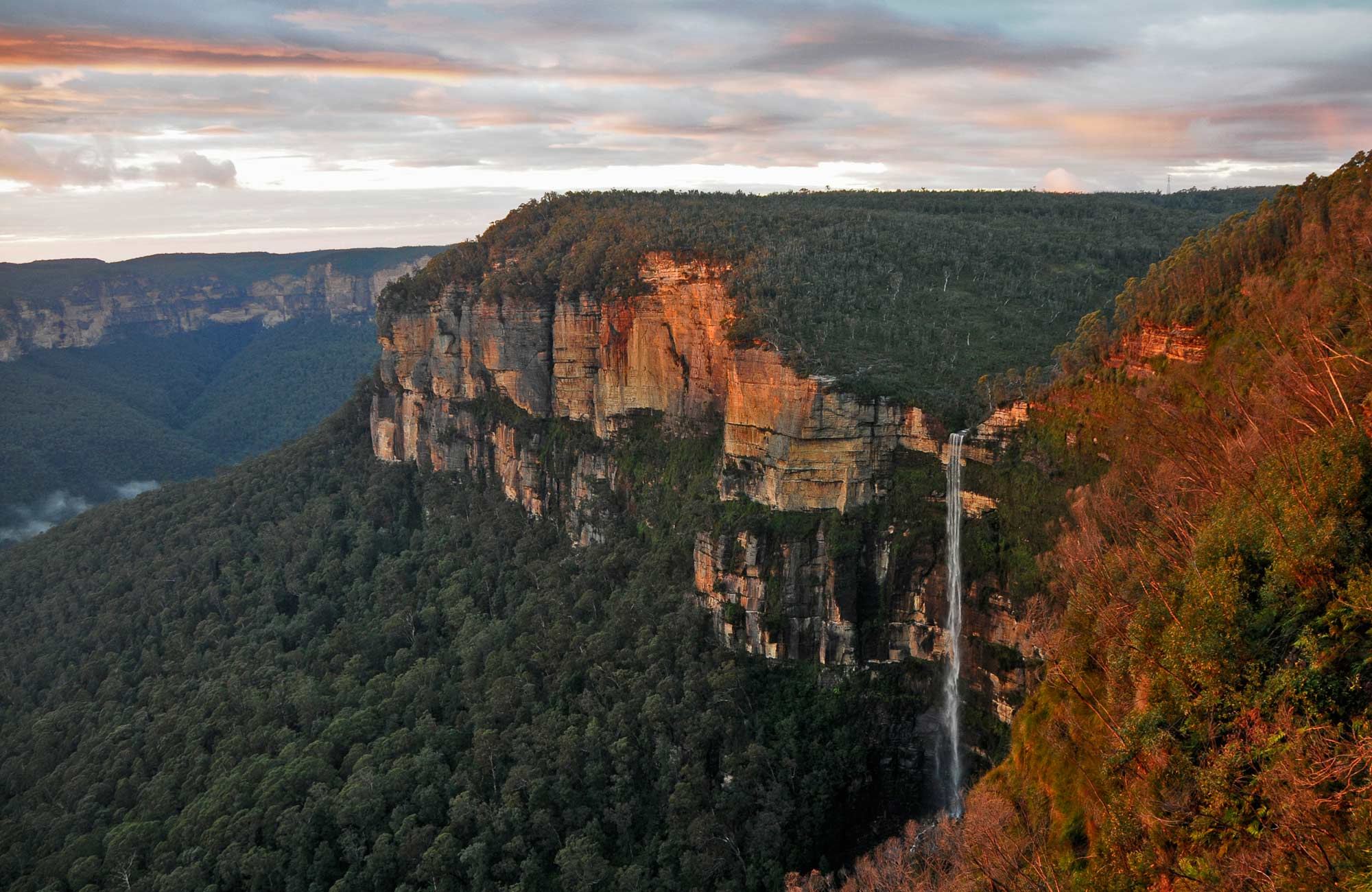Govetts Leap waterfall, Blue Mountains National Park. Photo: Kevin McGrath/NSW Government