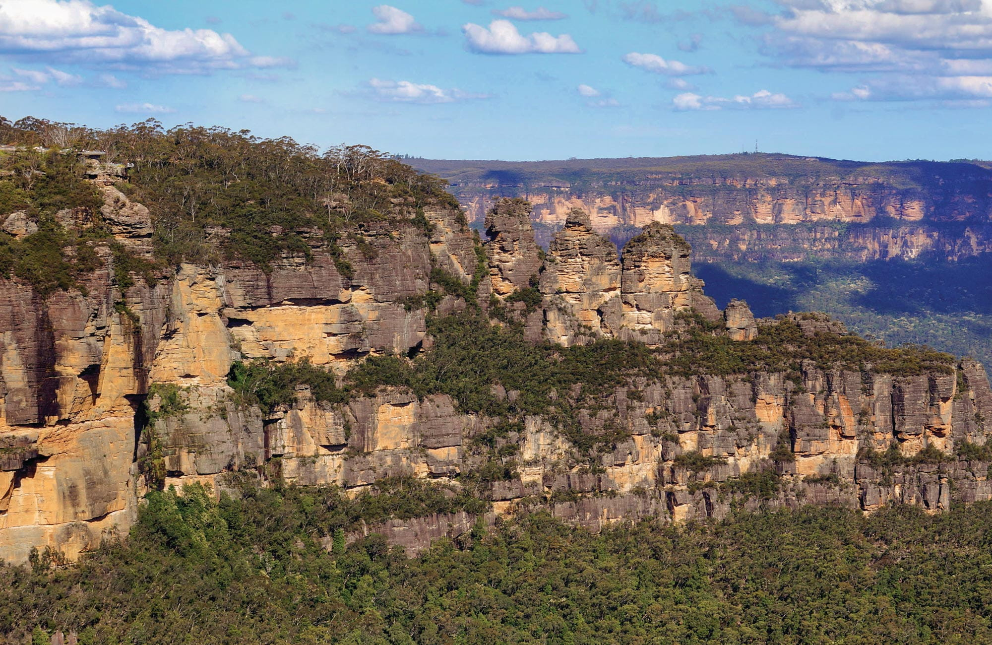 The Three Sisters, Blue Mountains National Park. Photo: S Alton/OEH.