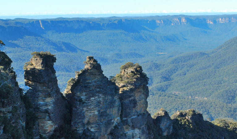 The Three Sisters, Blue Mountains National Park. Photo: R Garthwin/OEH.