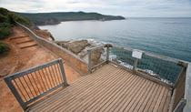 The wooden platform  and ocean views Gerrin Point lookout. Photo credit: Nick Cubbin. <HTML>&copy; DPIE