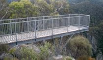 Lookdown Lookout, Bungonia National Park. Photo: Audrey Kutzner/NSW Government