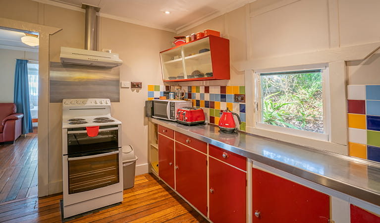 Retro style kitchen, Partridge Cottage. Photo: DPIE/John Spencer