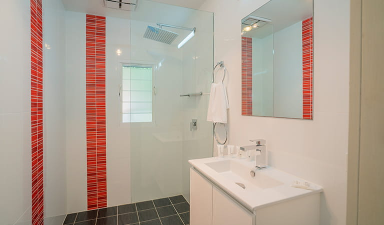 Clean, modern bathroom in Partridge cottage. Photo: DPIE/John Spencer