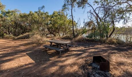 Picnic table at Morton Boulka picnic area. Photo: John Spencer/DPIE