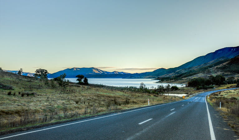 Snowy Mountains Highway passes Blowering Reservoir towrads Tumut, Koscisuzko National Park. Photo: Murray Vanderveer/DPIE