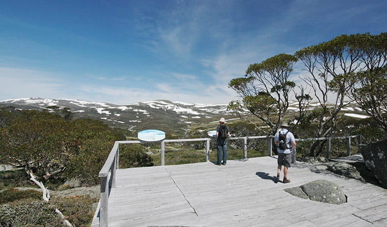 Charlotte Pass lookout and Snow Gums boardwalk, Kosciuszko National Park. Photo: E Sheargold/OEH