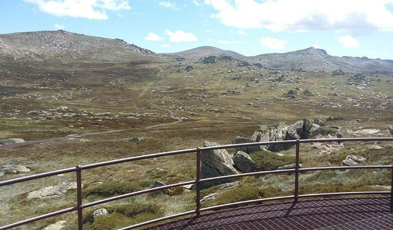 The view of the alpine landscape from Kosciuszko lookout in Kosciuszko National Park. Photo: Luke McLachlan © DPIE