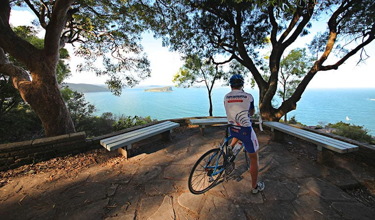 West Head lookout, Ku-ring-gai Chase National Park. Photo: Andy Richards