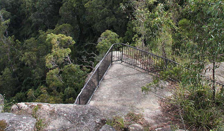 View from above of Grand Canyon lookout platform in bushland setting. Photo: John Yurasek/OEH.