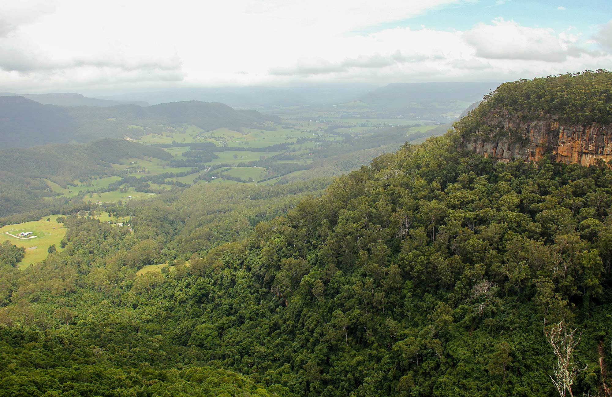 Mannings lookout, Morton National Park. Photo: John Yurasek © DPIE