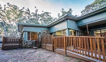 Dawsons Spring Cabins. Photo: Boris Hlavica Copyright:NSW Government