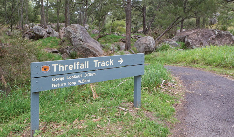 Threlfall walking track sign, Oxley Wild Rivers National Park. Photo: Rob Cleary