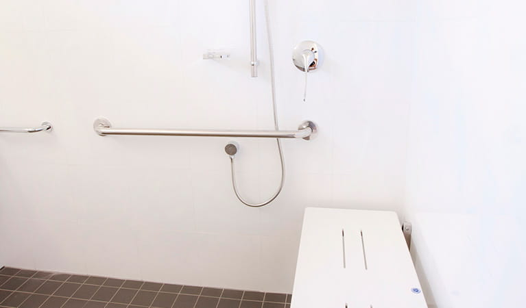 Wheelchair accessible bathroom in Reids Flat Cottage, Royal National Park. Photo: Rosie Nicolai/DPIE