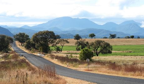 Coonabarabran car touring route, Warrumbungle National Park. Photo: OEH