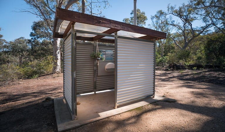 Toilet facility located at Dunns Swamp - Ganguddy campground, Wollemi National Park. Photo: Daniel Tran/OEH