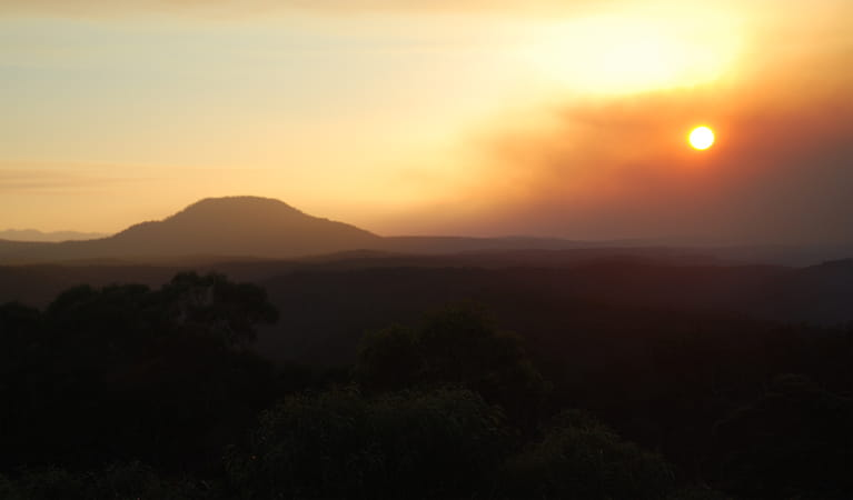 Finchley Lookout, Sightseeing Yengo National Park. Photo: Jeff Betteridge