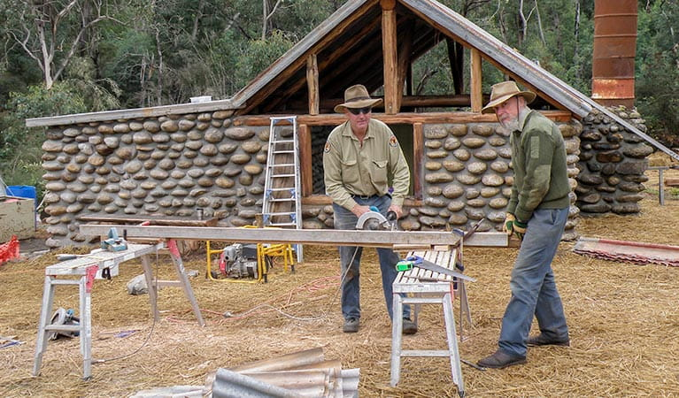 Volunteers of historic huts restoration and maintenance, Kosciuszko National Park. Photo: OEH