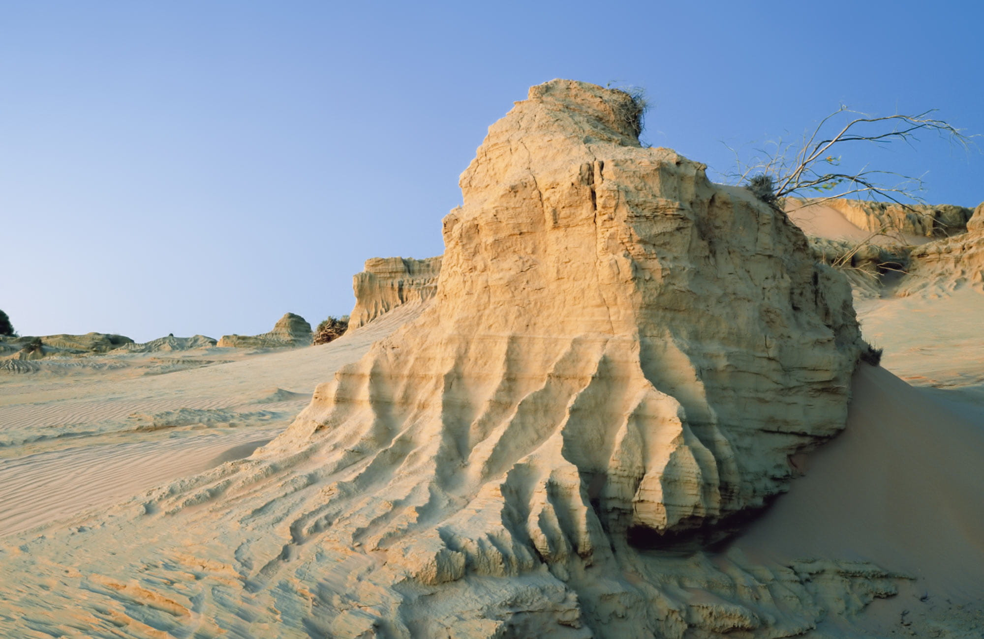 Sand formation, Walls of China, Mungo National Park. Photo:OEH